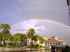 EL UNIVERSAL PERU: Iquitos, Capital Ecológica del Mundo