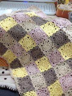 ちいさめのブランケット02 #Crochet