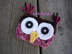 Owl Crochet Coffee Cozy @Christine Ballisty Ballisty Smythe Seiter !!----omg!! I wouldnt buy them but arent they adorable!!!!!!