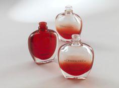 Resultados da Pesquisa de imagens do Google para http://www2.dupont.com/Cosmetics_Packaging_Resins/en_US/assets/images/case_studies/bormioli_3D_perfume_bottle.jpg