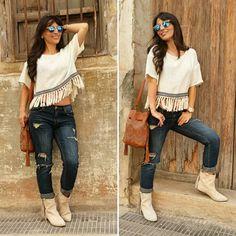 Top de lino - Temporada: Primavera-Verano - Tags: look, boho, ootd, stardivariu, moda, fashion, - Descripción: Look boho con top y botas de flecos.