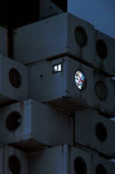 Nakagin Capsule Tower in Japan Nakagin Capsule Tower, Kisho Kurokawa, Tower Block, Tower Building, Brutalist, Interior Architecture, Classical Architecture, Interior Design, Concept Art
