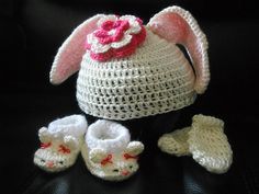 Ravelry: Baby Bunny Ears Hat, Booties & Mittens pattern by Lisa Singer