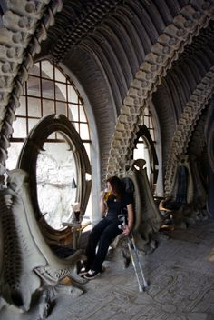 mrs-l-c-suffering-for-art-in-the-giger-museum-bar.jpg 685×1,024 pixels