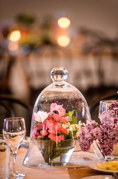 Wedding Table Flower Centerpieces Under The Glass | visit www.lovelyweddingideas.com