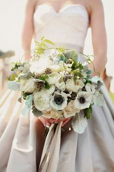 Such a natural and unique bouquet, photos by Michele M Waite Photography