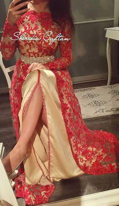 Fashion Arabic Style Illustration Description – Read More – Morrocan Dress, Moroccan Caftan, Simple Dresses, Pretty Dresses, Beautiful Dresses, Kaftan Designs, Hijab Style Dress, Arabic Dress, Caftan Dress