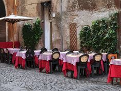 Outdoor cafe in Rome