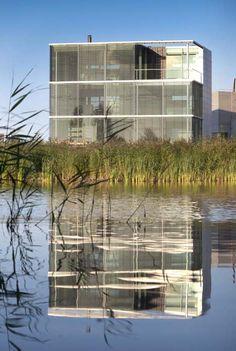 stainless steel screen: Rieteiland Huis - Hans Van Heeswijk