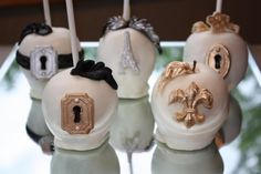 Custom coffey Cakeries. Chocolate covered apples