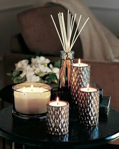 Instant cosiness thanks to some candles. It always works! I like the contrast be. - Instant cosiness thanks to some candles. It always works! I like the contrast be… – Winter deco - Coffee Table Styling, Decorating Coffee Tables, Coffee Table Candle Decor, Table Decor Living Room, Bedroom Decor, Nature Bedroom, Living Room Candles, Candles Online, Home Decor Accessories