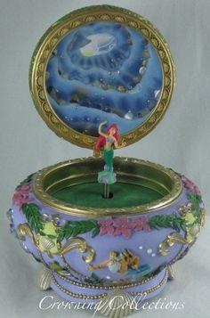 Disney The Little Mermaid Ariel Music Box Princess 3D Round Trinket RARE Jewelry