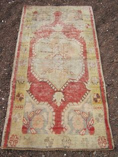 VİNTAGE Anatolian Turkish OUSHAK   rug size 66x33 #Turkish