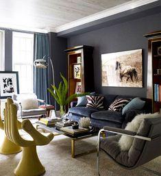 CORES NA DECORAÇÃO Azul marinho A decoração com azul marinho vem para quem gosta de cor e de sobriedade nos cômodos. Confira algumas inspirações para aplicar essa tonalidade em sua casa!