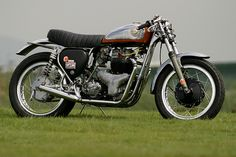 1960 BSA A10 Super Rocket by Ritmo Sereno