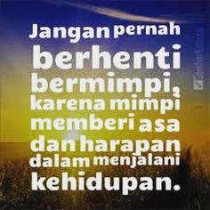 Gapai harapan dengan usaha dorong keinginan dengan do'a. Jangan takut untuk melangkah walaupun langkah pertama sangat berat. Kelak kita akan terbiasa dengan langkah-langkah selanjutnya. #quote #tutugoncom #tutugoncominstan #meme #memecomic #memecomicindonesia #dagelan #titasix #titasix_id #kata #katabijak #indonesiakaya #indonesia