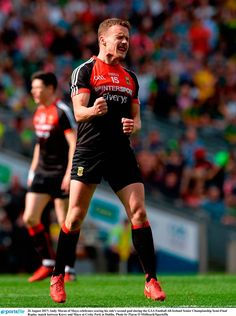 Andy Moran of Mayo celebrates scoring his side's second goal Michael Murphy, Rugby Men, International Teams, Finals, Clinic, Ireland, Bunny, Football, Running