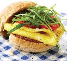 Healthy breakfast bun http://www.womenshealthsa.co.za/nutrition/best-foods-breakfast-bun/