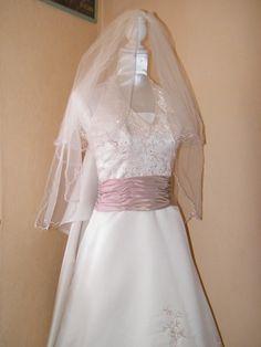 je vends ma robe de marie achete a point mariagevaleur 700 - Point Mariage Evreux