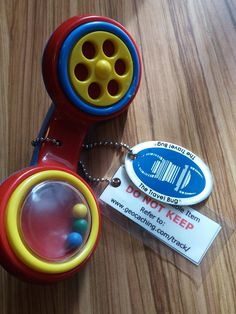 A geocaching TB called My First Smartphone. Have you ever found creative Travel bugs in geocaches? Travel Items, Geocaching, Travel Bugs, Cool Names, Smartphone, Creative, Crafts, Manualidades, Travel Packing