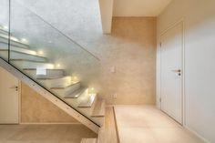 Pintakäsittelyt | TaloTalo | Rakentaminen | Remontointi | Sisustaminen | Suunnittelu | Saneeraus #pintakäsittely #portaikko #surfacefinish #effectwall #staircase #talotalo