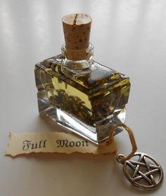Full Moon Ritual Oil - Goddess Lunar Magick