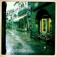 A rainy day in Santiago de Compostela...near one of my favorite cafes to splurge in...cafe casino
