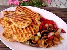 Marinált grill csirkemell roppanós zöldségekkel Tasty, Yummy Food, Grilling, Bbq, Bread, Ethnic Recipes, Funny, Barbecue, Delicious Food
