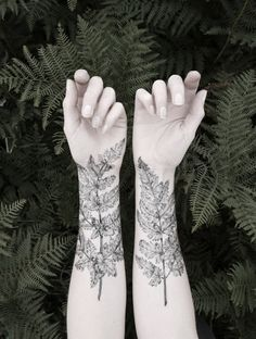 """Beautiful Naturalistic Temporary Tattoos by Victoria Foster The rising temperatures are a great time to experiment with temporary tattoos. Your bare arms and neck could use some fun """"decoration,"""" and..."""
