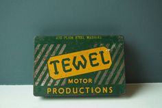 Check out this item in my Etsy shop https://www.etsy.com/uk/listing/489250048/vintage-industrial-style-tewel-motor