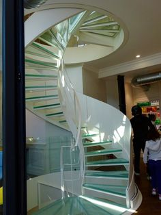 Paris Markets, Stairs, Architecture, Home Decor, Arquitetura, Stairway, Decoration Home, Room Decor, Staircases