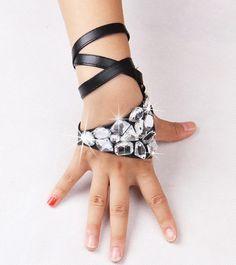 Color Diamond Stage Performance Gloves Female Singers DS Accessories JAZZ Jazz Rock Punk Hip-Hop Gloves Ballroom Dance Dress