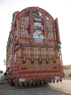 Decorative Truck Art from Pakistan Truck Art Pakistan, Indigenous Art, Art For Art Sake, Cool Art, Awesome Art, Old Cars, Art Forms, Travel Inspiration, Trucks