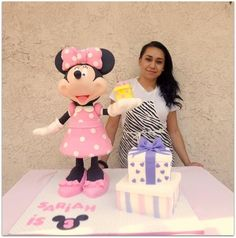 3D Minnie Mouse cake
