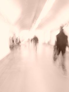 praha, metro station  fotografia voula fotiadou