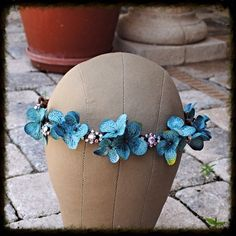 Hey, I found this really awesome Etsy listing at https://www.etsy.com/listing/196833002/dark-blue-hydrangea-floral-and-crystal