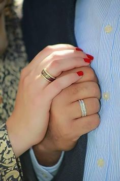 Missing uhh jaana 😥♥️ Love Couple Images, Cute Love Couple, Couples Images, Cute Couple Pictures, Romantic Pictures, Sweet Couple, Love Photos, Cute Muslim Couples, Romantic Couples