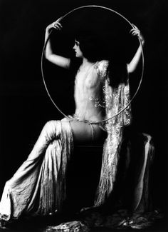 eerriinnffrroosstt: Virginia Biddle by Alfred Cheney Johnston, ca. 1929