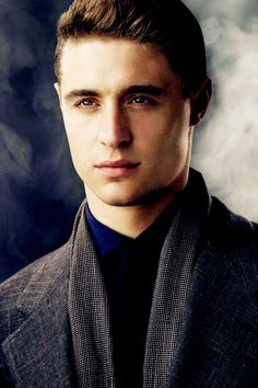 Max Irons - Played of King Edward VI of England on Show The White Queen.