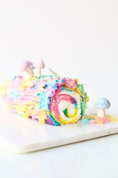 Tie Dye Yule Log Cake | studiodiy.com