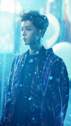 Luhan 鹿晗 winter song 微白城市 MV cr. 鹿角_Antler 百科