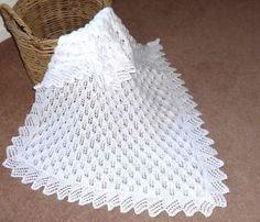 Easy Heart Baby Blanket Knitting Pattern - love this edging strickmuster Decke Easy Heart Free Baby Blanket Patterns, Crochet Blanket Patterns, Baby Knitting Patterns, Baby Patterns, Free Knitting, Shawl Patterns, Crochet Baby Shawl, Free Crochet, Christening Blanket