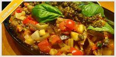 La ricetta della ciambotta napoletana, tipico piatto meridionale molto simile ad uno stufato, da gustare soprattutto nei periodi invernali.