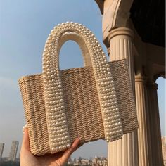 Buy handmade bags from Kurteli. Explore our collections of straw bags from the very best artisans. Straw Handbags, Purses And Handbags, Summer Handbags, Mochila Dora, Sacs Design, Popular Handbags, Straw Tote, Beaded Bags, Luxury Bags
