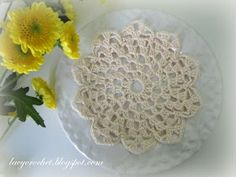 Lacy Crochet: Small Flower Doily free pattern