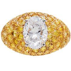 Van Cleef & Arpels ~ 2.04 Carat Fancy Yellow Diamonds Gold Platinum Ring, 1980s