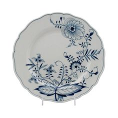 Cook well with dinnerware from http://findanswerhere.com/dinnerware