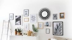 Deco wall frames – Pimp My Room Room Interior, Interior Design Living Room, Inspiration Wand, Cool Wall Decor, Living Comedor, Cool Walls, Frames On Wall, My Room, Room Decor