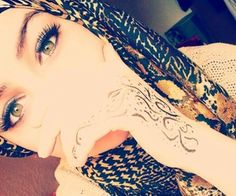 beautiful ayes ^_^ - Beautiful. #hijab