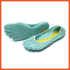 timeless design 51d77 be5b2 Vibram FiveFingers Women s VI-B Barefoot Shoes Mint 40 and Premium Toesock  Bundle - Athletic